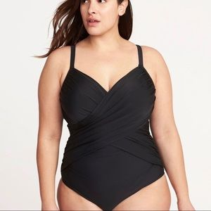 NWT old navy wrap front plus size swimsuit 4x